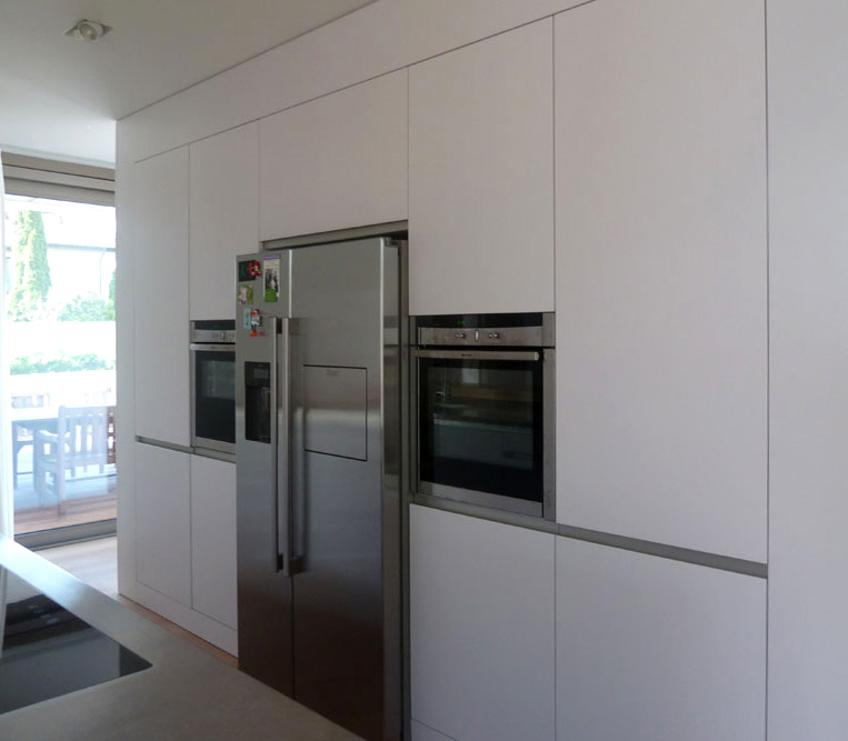 lindau - corpus küchendesign - Küche Mit Amerikanischem Kühlschrank